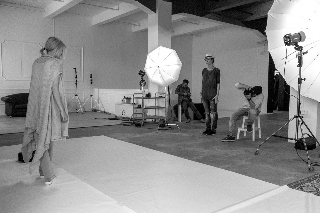 _Making-of- creativehall studio- photography - Ivailo Stanev-LORA GENE_DSC4859