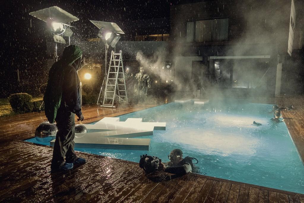 MAKING-OF-IVAILO-STANEV-UNDERWATER PHOTOGRAPHER-by-CREATIVE-HALL-Studio-VODKA_FLIRT-9-4