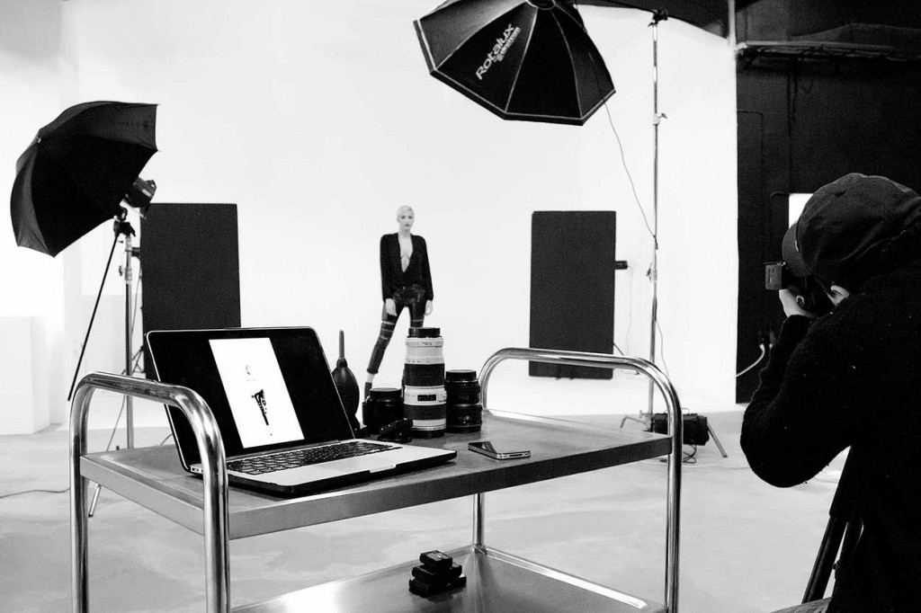 MAKING-OF_berbatov-esquir-photography-by-IVAILO-STANEV_PHOTOGRAPHER-BY-CREATIVE-HALL-STUDIO-